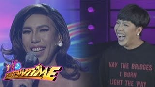 It's Showtime Miss Q & A: Vice Ganda meets his Kalokalike
