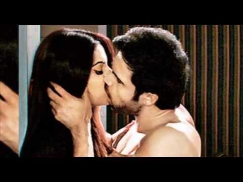 61 kiss  bollewood actress with imran hasmi