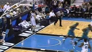 Baron Davis 33pts-10ast-14reb vs. T-Mac 37pts (2002 Playoffs Hornets vs. Magic Game3)