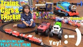 Thomas the Tank Engine, Christmas Train Set, RC Car Bashing and Garbage Truck Toy Playtime