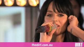 Katy Perry - Teenage Dream (LIVE)