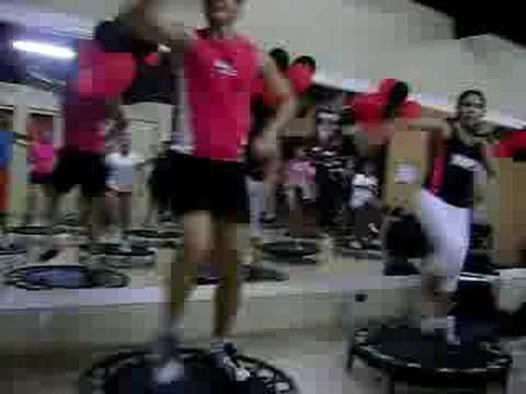 Aula de Jump Fit na Academia Fortaleza CE
