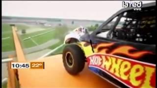 Los mejores videos de acrobacias con autos y motos