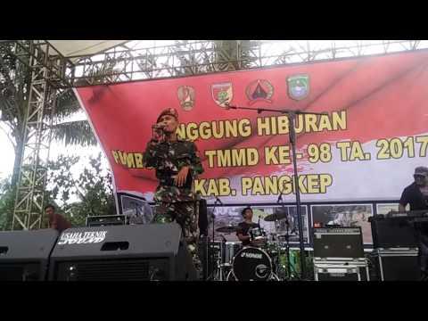 Kerennya suara Anggota TNI ini nyanyi lagu She's gone