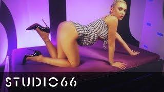 Mikki B - Amazing Heel Dangle Masterclass | #FetishFriday