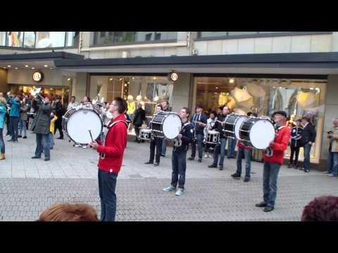 Party Rock Anthem LMFAO Flashmob Marchingband TSV Lauf