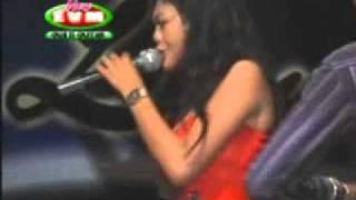 Indry Saskila - Keindahan Cinta.flv