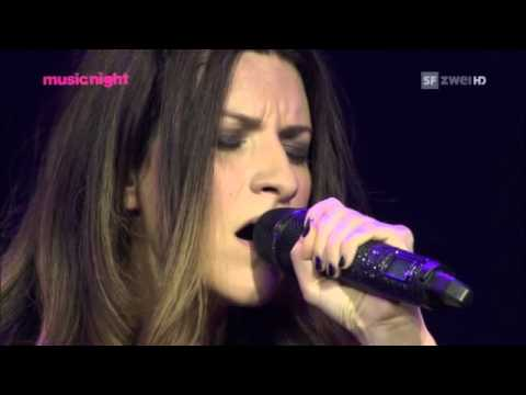 Laura Pausini Medley Incancellabile Strani Amori La Solitudine Live Basel 2011