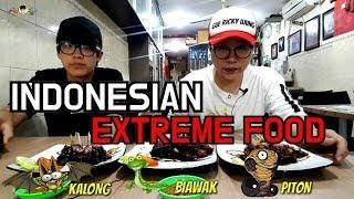 ORANG KOREA Mau Pingsan Makan Sate Ular