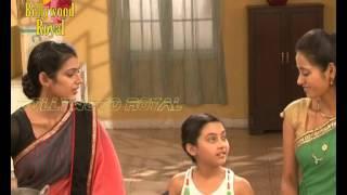 On location of TV Serial 'Na Bole Tum Na Maine Kuchh Kaha' Megha & Rimjhim making Puris for Mohan-2