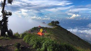 Hiking Mount Rinjani, Indonesia in 4K (Ultra HD)