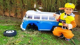 The wheel feel off on the Bus Funny Baby Paw Patrol Ride on POWER WHEEL Bmw