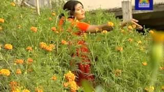 bini shutar gnatha mala bengali folk song by Nina Hamid.