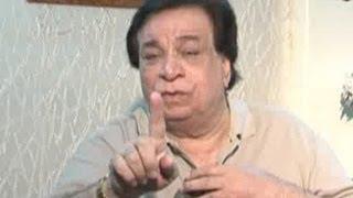 Kader Khan lashes out at Amitabh Bachchan