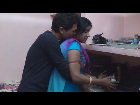 Xxx Mp4 देबर ने भाभी को जबरदस्ती लेटाकर ठोका Dehati Commedy Indian Laugh Gags New Hindi Video 2017 3gp Sex