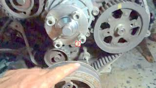 Calage Distrebution sur une Toyota  hiace  2L 2.4 - the timing belt on Toyota Hilux