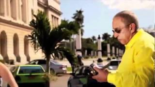 JUAN FORMELL y LOS VAN VAN -  Me Mantengo (Official Video HD)