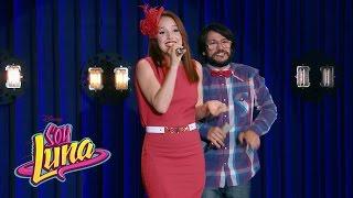 Ricardo y Ana cantan Corazón - Momento Musical (con letra) - Soy Luna