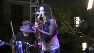 Ashley Tisdale concert