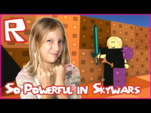 I'm So Powerful in Skywars / Roblox Skywars with Ronald