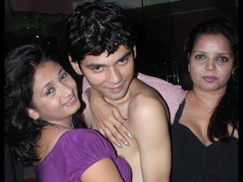 Xxx Mp4 ये है भारत का पहला न्यूड योग टीचर Indian Nude Yoga Teacher 3gp Sex