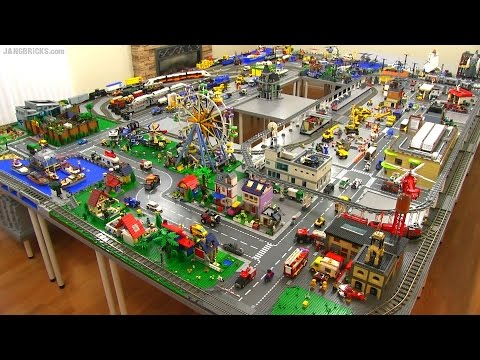 LEGO city walkthrough Summer 2015 A 245 sq. ft. layout