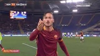 معلق إيطالي مجنون يجهش بالبكاء بعد هدفي ملك روما  توتي