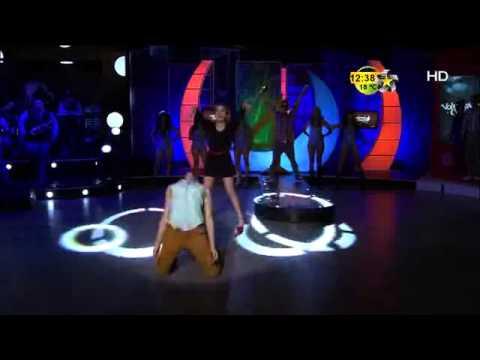 Katia y Marina Sotelo bailan en Volumen 4