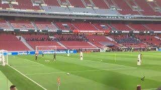 تمرين المنتخب الاسباني الان امام الجماهير