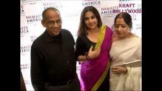 Vidya Balan boob show (saree slip)
