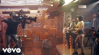 Carly Rae Jepsen - Your Type (Behind The Scenes)