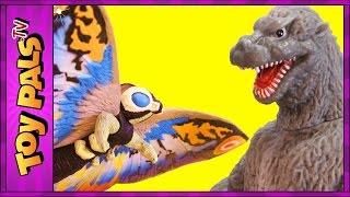 GODZILLA vs MOTHRA Toys   EPIC Fight Scene With Eggs, Mothra Larva Toy Reviews Videos