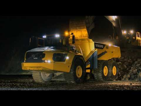 The biggest articulated dump truck in the world