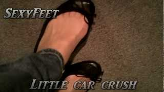 little car cruch