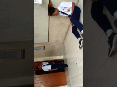 Film pendek lucu banget.  Bikin sakit perut.  || SMP Negeri 112 Jakarta