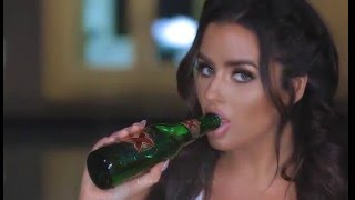 Abigail Ratchford - Photoshoot | How to eat a banana