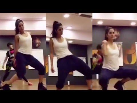Katrina Kaif's sexy dance - DON'T MISS IT