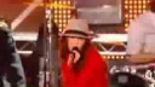 Miley Cyrus - Fly On The Wall LIVE at Disney Channel Games HIGH QUALITY FULL