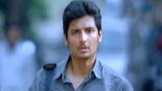 Roudram Scenes - Shiva Leave House And Go Out Side - Jeeva, Shriya