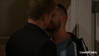 Aaron & Robert - THE KISSES (7)