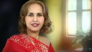 Somali Dj 247 Best 6 somali Songs Remix 2012 New   YouTube