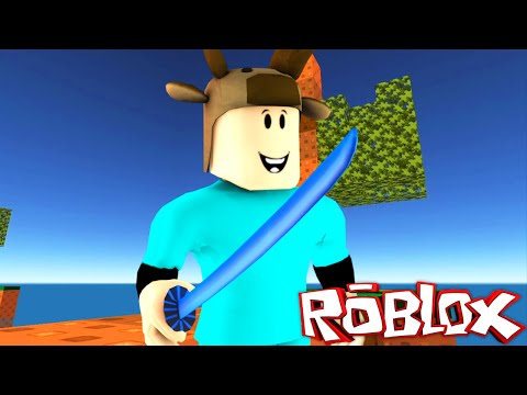 MINECRAFT SKYWARS IN ROBLOX! (Roblox SkyWars Trolling)