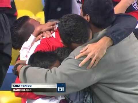 Narração de Luiz Penido no gol de Elias o homem decisivo no Maraca