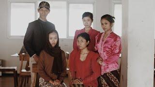 RA. Kartini - Surat Cinta Untuk Kartini (Parody Video)