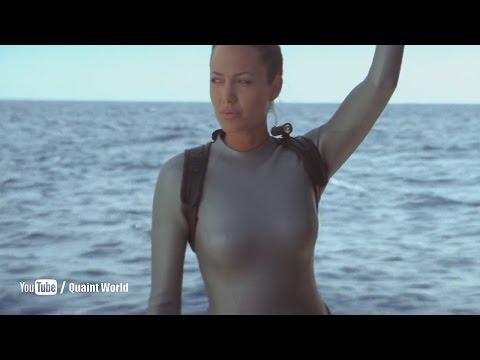 Angelina Jolie Looking Gorgeous in Lara Croft Swimsuit   Tomb Raider (2003)