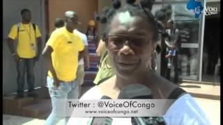MORT DE PAPA WEMBA׃ CLAUDY SIAR et ses collègues  très attristés pleurent à Abidjan