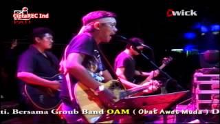 IWAN FALS - sumbang [live konser O.A.M]