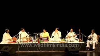 Farida Parveen sings