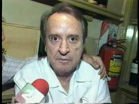 QUICO ARREMETE CONTRA EL CHAVO DEL 8