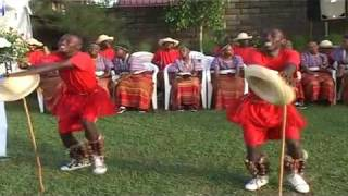 Rukiga/Runyankole folk song appreciating a woman